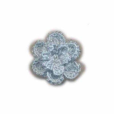 Gehaakt roosje licht blauw 25 mm
